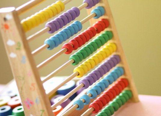 10 ghicitori matematice pentru copii isteți